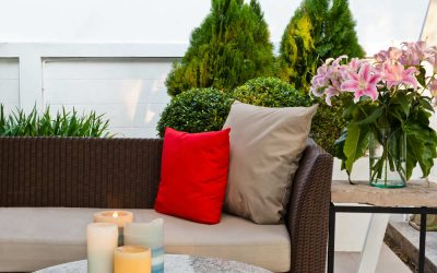 Is It Time to Replace Your Outdoor Furniture?
